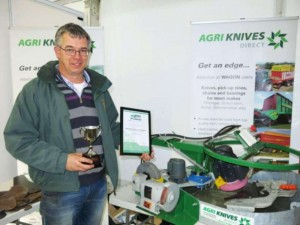 James Geoghegan from Agriknives received the top award in the mechanical and livestock production equipment category. Agriknives also received a certificate of merit in the innovation award in association with the Farmers Guardian.
